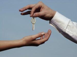 Аренда жилья: Как снять квартиру и не стать жертвой мошенников