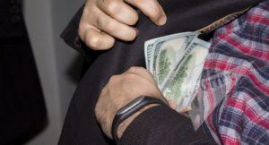 Как доказать, что алиментщик скрывает свои доходы?